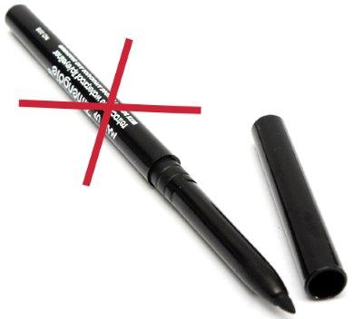 Черный макияжный карандаш
