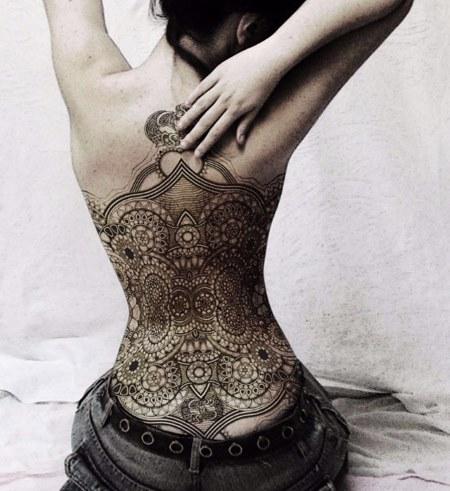 эскизы мехенди на спине фото