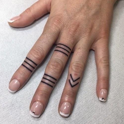 Татуировки для девушек на руке и их значение. Фото, эскизы, красивые, маленькие, надписи