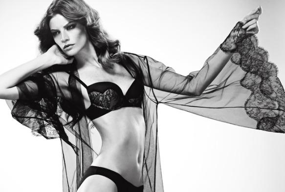 Женское нижнее белье – бренды, фото. Красивые девушки в лучшем, дорогом, элитном, брендовом белье, кружевном. Каталоги