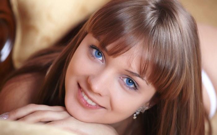 Как красиво накрасить глаза в домашних условиях. Пошаговые инструкции стильного макияжа с фото