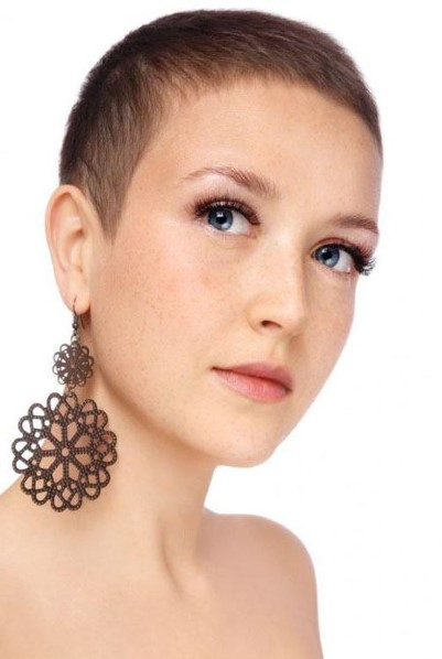 Стрижки на короткие волосы 2019 женские, фото, на каждый день, не требующие укладки, для овального, круглого лица, вид спереди и сзади