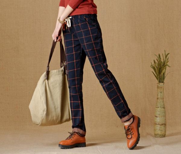 Женские брюки в клетку. С чем носить, фото, модные тенденции 2018 года