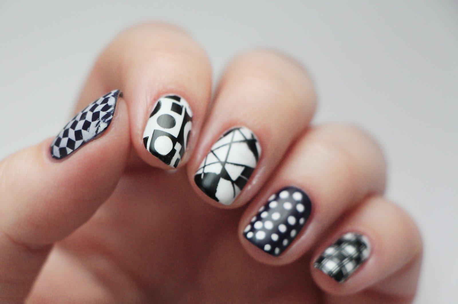 Черно-белый дизайн ногтей. Фото, модные тенденции: френч, омбре, с росписью