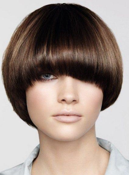 Стрижка Сессон на средние волосы. Фото 2021, вид спереди и сзади, с челкой. Как выглядит, как стричь