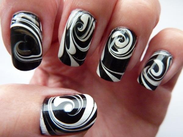 Маникюр с черным лаком. Фото, идеи дизайна со стразами, блестками, втиркой, с золотом, серебром