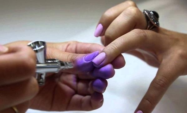 Стильный маникюр на короткие ногти. Дизайн, новинки 2019 гель-лаком