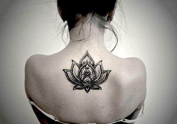 Красивые татуировки для девушек. Фото, эскизы, надписи, значение