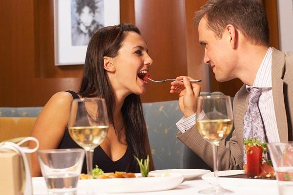 Как понравиться парню на первом свидании, при первой встрече. Видео, советы