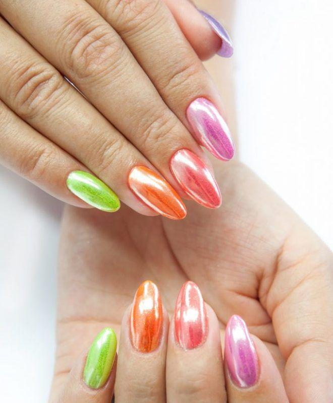 Маникюр разные цвета на разных руках. Сочетание цветов, фото, идеи 2020