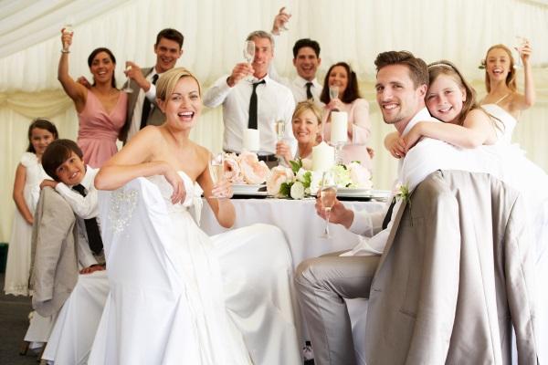 Сколько денег дарят на свадьбу 2020, как сейчас принято дарить