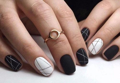 Черно-белый маникюр гель-лаком. Фото дизайн на короткие ногти для начинающих
