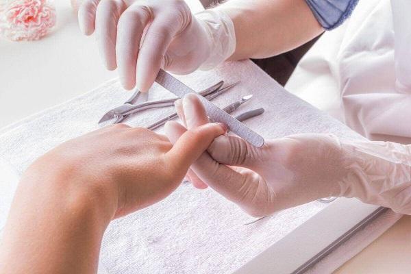 Виды стерилизации инструментов для маникюра
