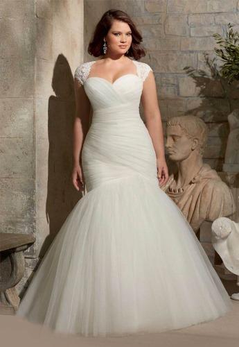 Платья для женщин с животиком. Фото праздничные, на свадьбу, скрывающие живот