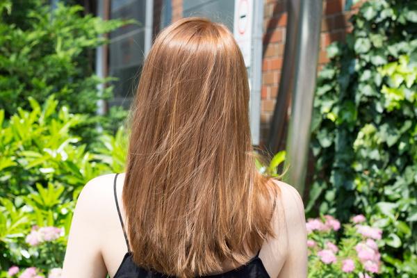 Темно-карамельный цвет волос. Фото, краски, кому идёт для карих, зеленых, голубых глаз
