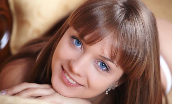Дневной макияж для начинающих для зеленых, голубых, серых, карих глаз. Пошагово с фото