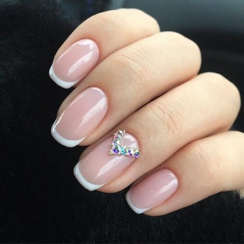 Гель-лак на коротких ногтях. Фото, дизайны, цвета, тенденции 2019 года