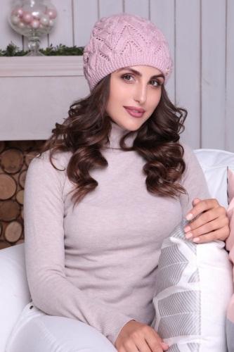 Модные шапки для женщин 2020. Фото, тенденции, образы