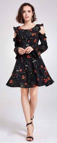 Платья с красивыми рукавами: длинными, миди, расклешенными, широкими, фонариками, кружевными