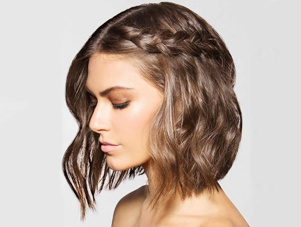 Прическа для средних волос на каждый день в школу девушке. Фото, как сделать