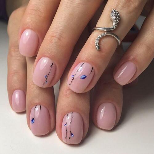Маникюр на маленькие ногти гель-лаком. Фото дизайнов