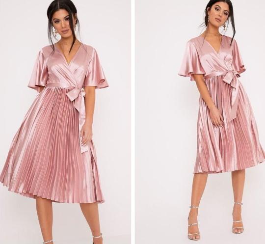 Платье с плиссированной юбкой. С чем носить, фото фасонов, какая обувь подойдет