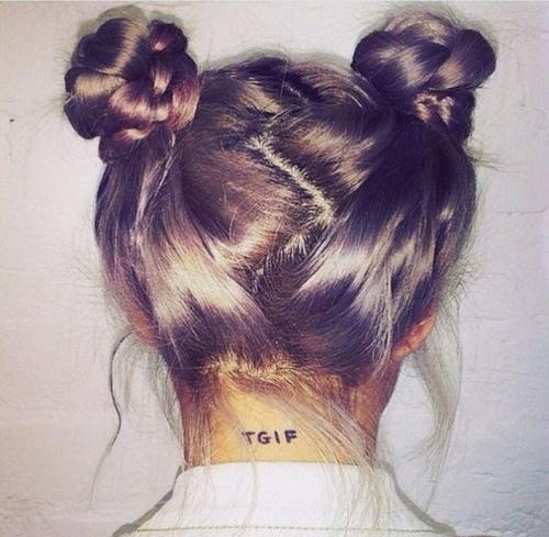 Два пучка на голове по бокам. Фото, как сделать на короткие, средние, длинные волосы