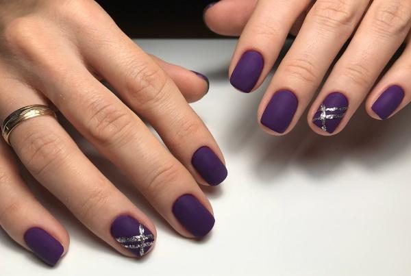 Маникюр с фиолетовым цветом. Фото гель-лак на длинные, короткие, острые ногти. Новинки