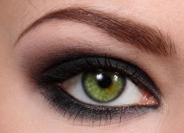 Миндалевидные глаза. Фото у женщин, это какие, как определить, красить, макияж с нависшим веком