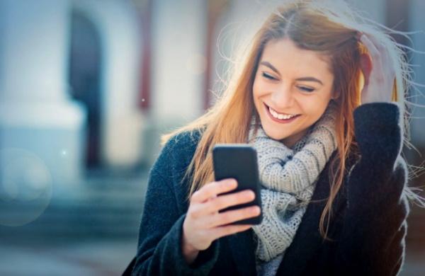 Темы для разговора с девушкой по переписке в Вк, телефону, на первом свидании. Список вопросов