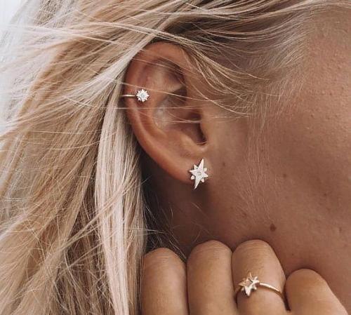 Две дырки в ухе. Фото с серьгой, у знаменитостей, как красиво носить