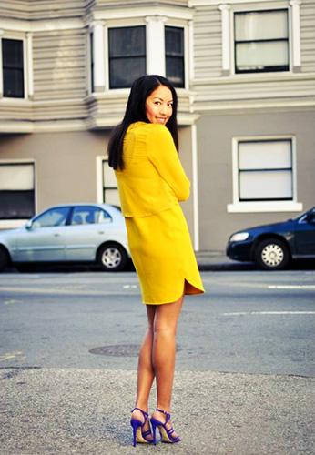 С каким цветом сочетается сиреневый в одежде для женщин. Фото